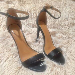 Charlotte Russe Black Open Toe Rebekah Heels 8